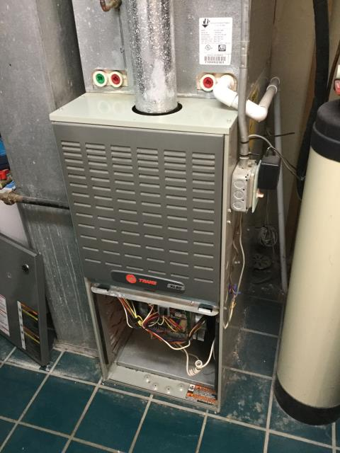Crystal Lake, IL - AC clean and check