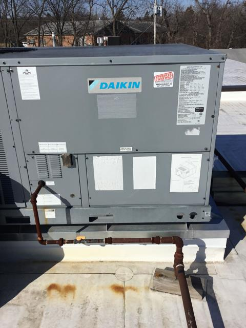 Lake Barrington, IL - Roof top filter replacement in Barrington Approved Comfort HeTing and Cooling