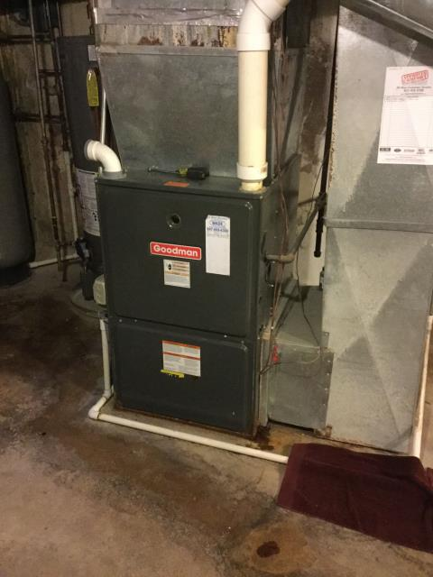 East Dundee, IL - Furnace leaking replaced collector box on Goodman furnace.