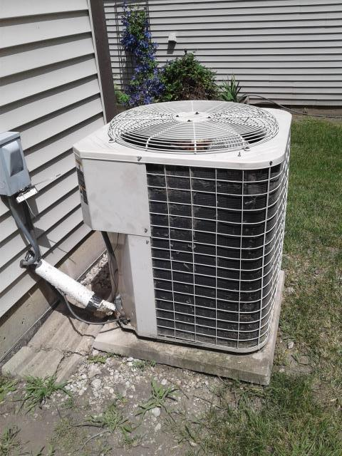 Rolling Meadows, IL - Emergency quote on a Sunday for a 20 year old Bryant Air Conditioner