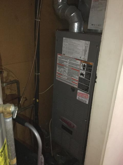 Wauconda, IL - Check 13 year old Lennox furnace for winter.