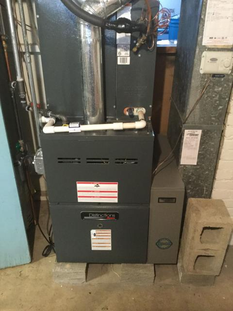 Arlington Heights, IL - Furnace maintenance check on 7 year old furnace good condition