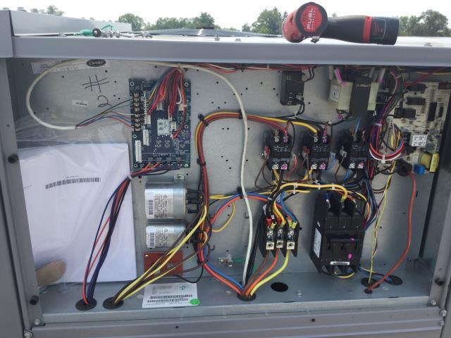 East Dundee, IL - Warranty repair on RTU