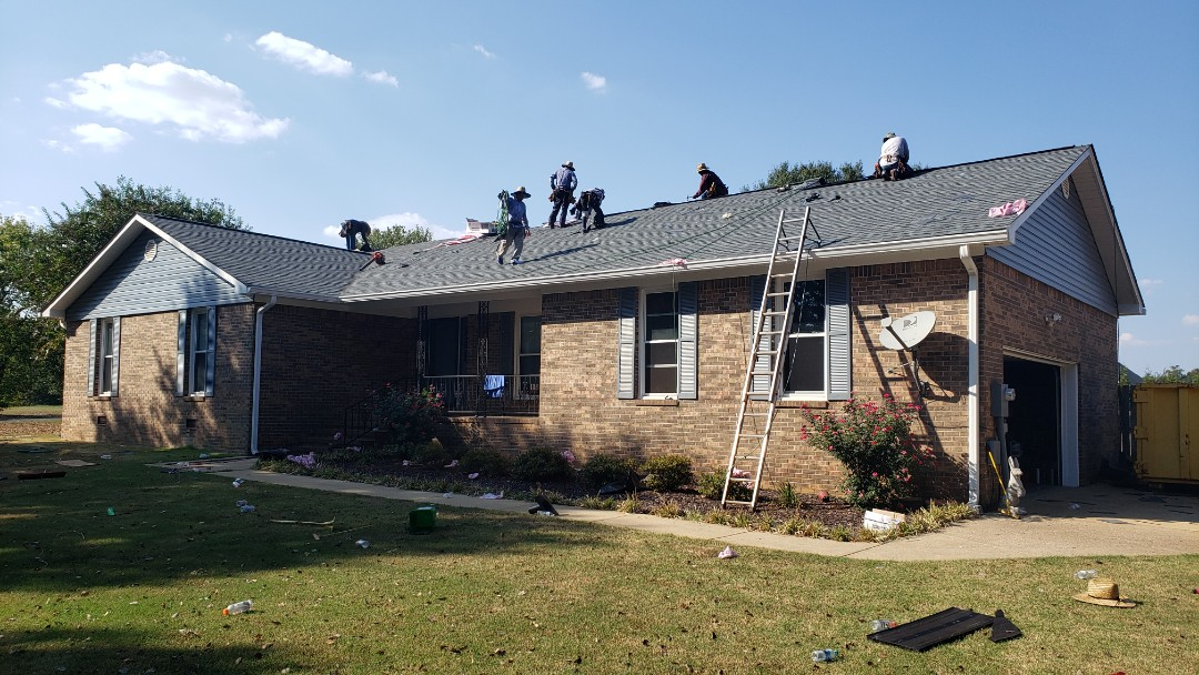 Huntsville, AL - Finishing up this brand new Owens Corning Oakridge Estate Gray roof that looks fabulous, call Ridgeline Construction for your free estimate!
