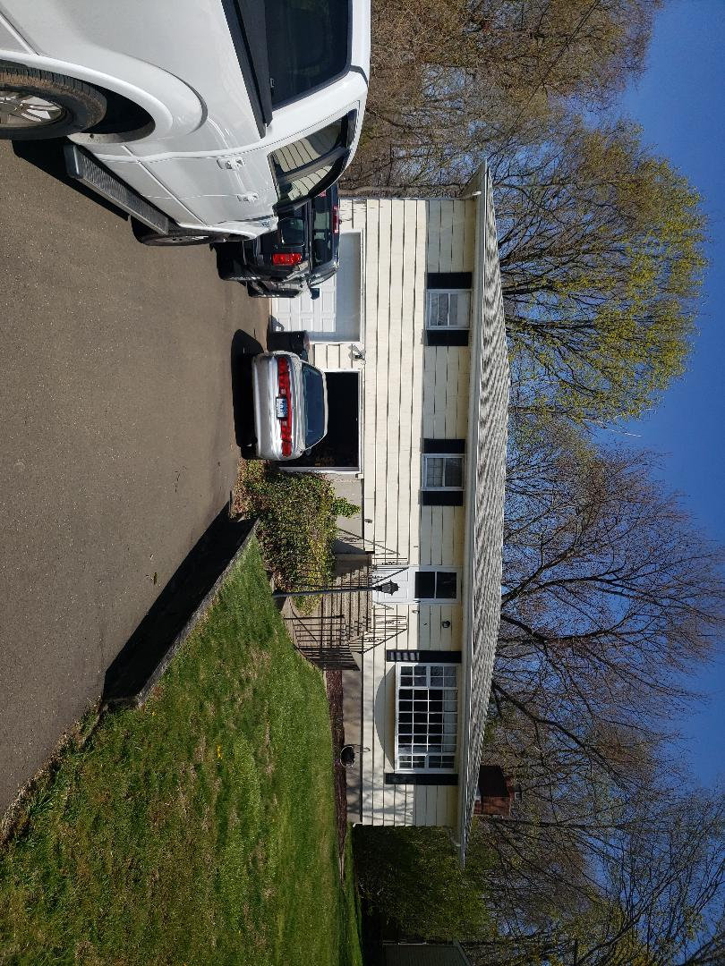 North Haven, CT - No more painting!!!!....Quoting new vinyl siding, soffits and seamless gutters