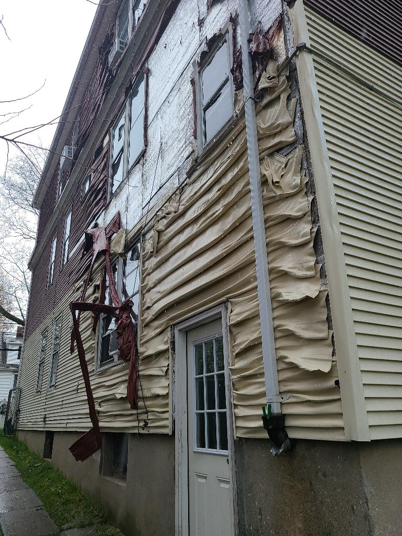 Hartford, CT - Siding company that services Hartford CT. VNanfito roofing and remodeling.