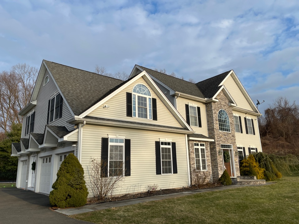 North Haven, CT - We are providing an estimate for roofing repair on this colonial home