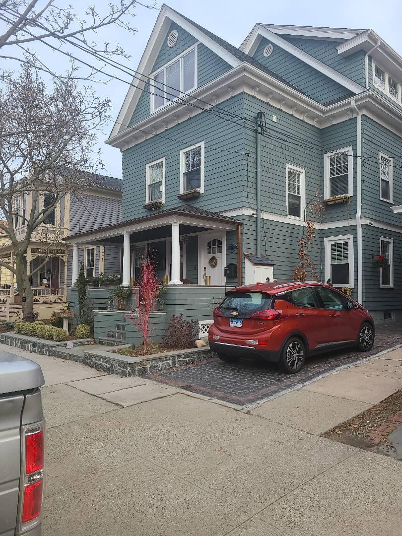 New Haven, CT - Gaf Golden Pledge roof repair!!