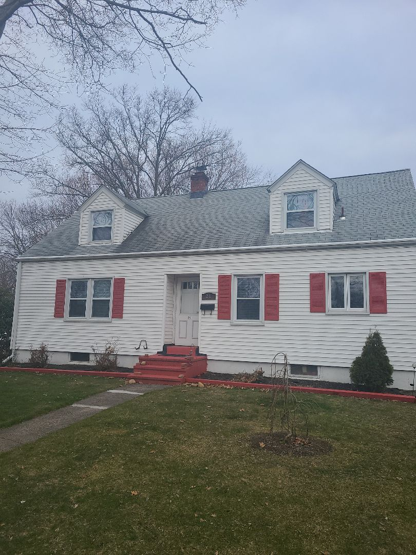 Hamden, CT - Another Gaf golden pledge warranty repair on this roof!!