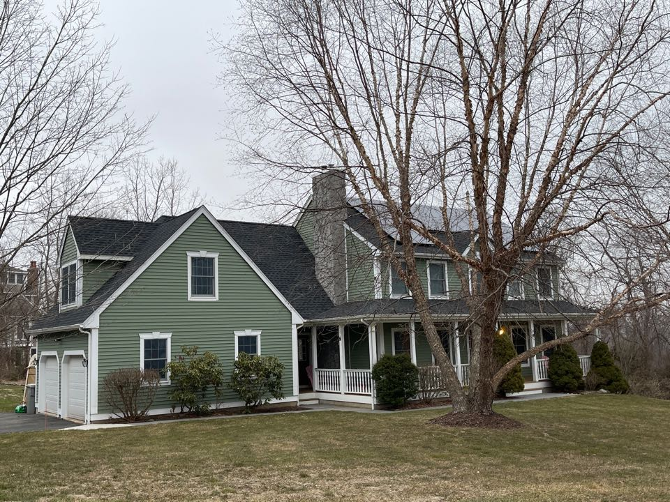 Bristol, CT - Another quality roofing project completed. GAF TIMBERLINE HDZ SHINGLES. CHARCOAL COLOR