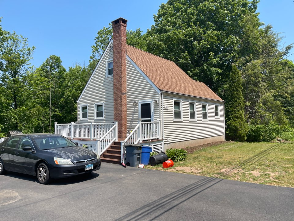 Durham, CT - We are providing an estimate for siding repair