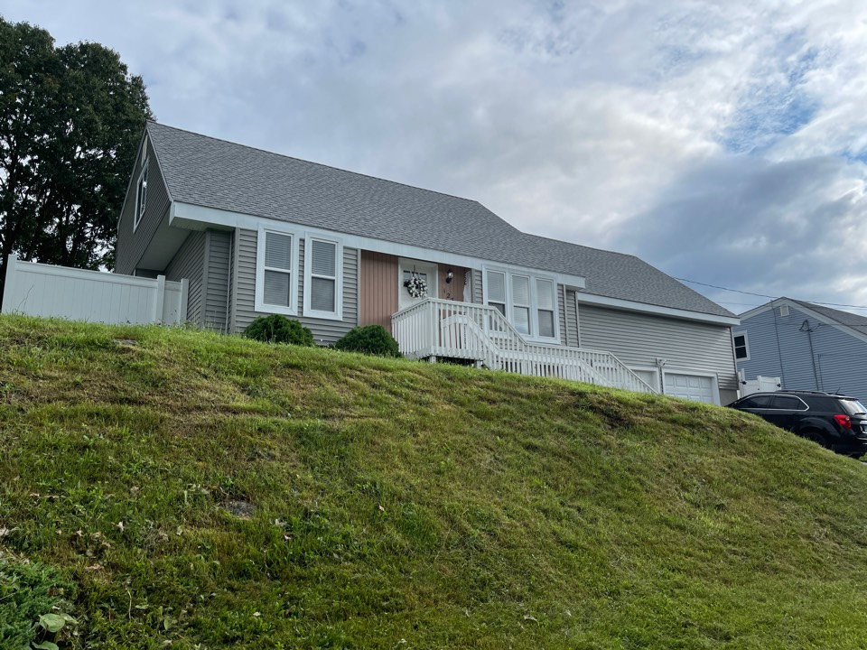 Waterbury, CT - Another quality siding job completed.