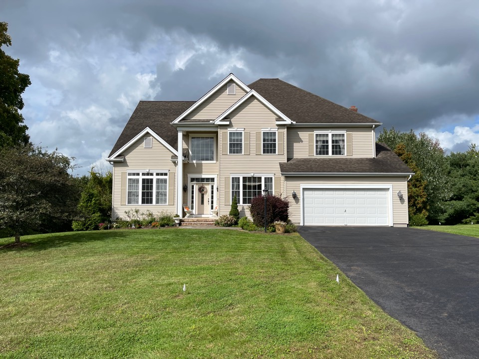 Southington, CT - We're providing an estimate for roofing pp