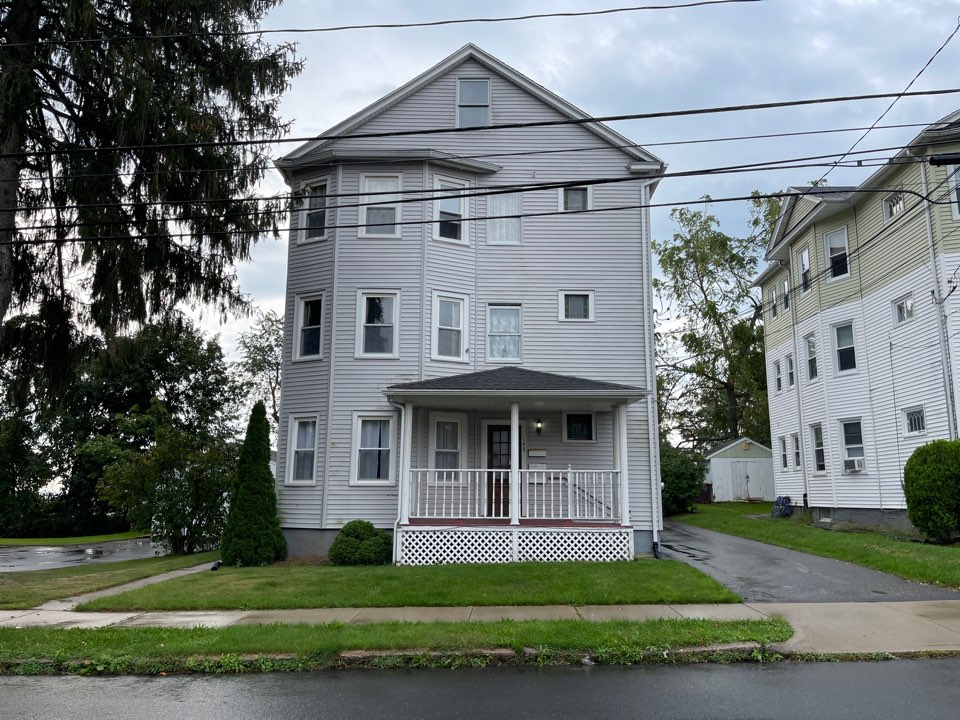 New Britain, CT - We're providing an estimate for siding repair