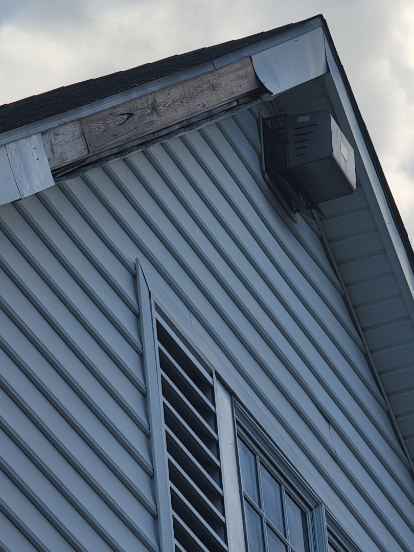 Southington, CT - We repair storm damage.  Call vnanfito roofing and siding today for a free estimate on any of your home remodeling needs