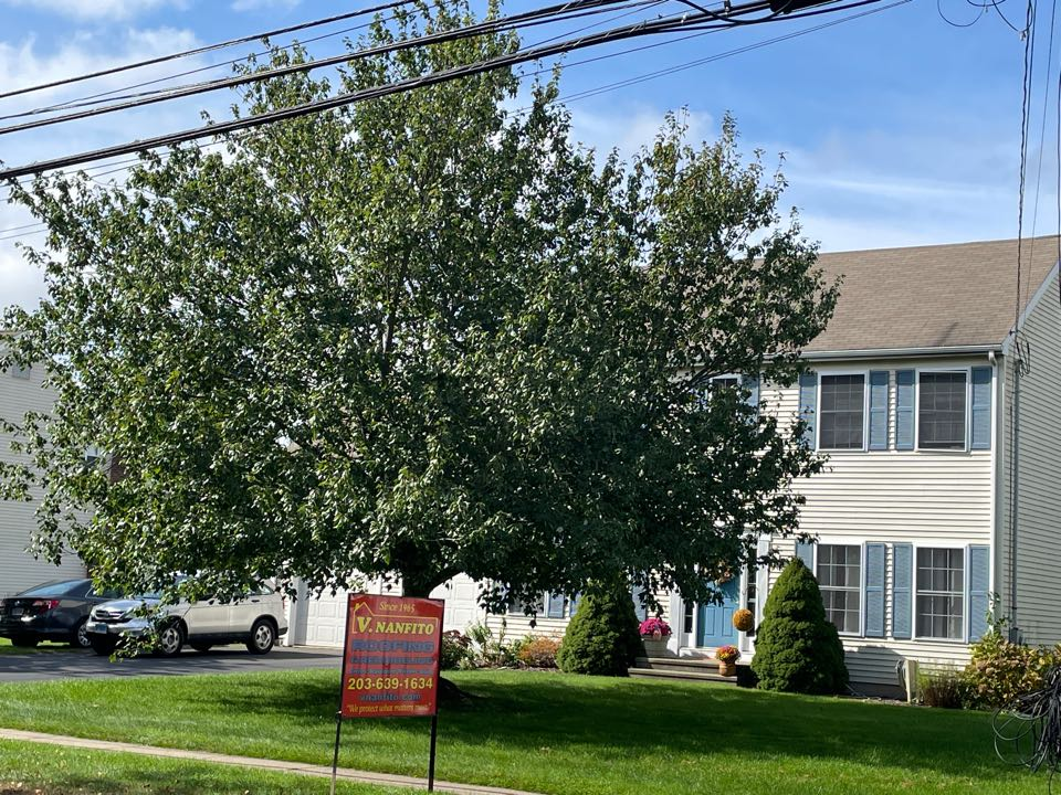 Wallingford, CT - Ready to start another roof project