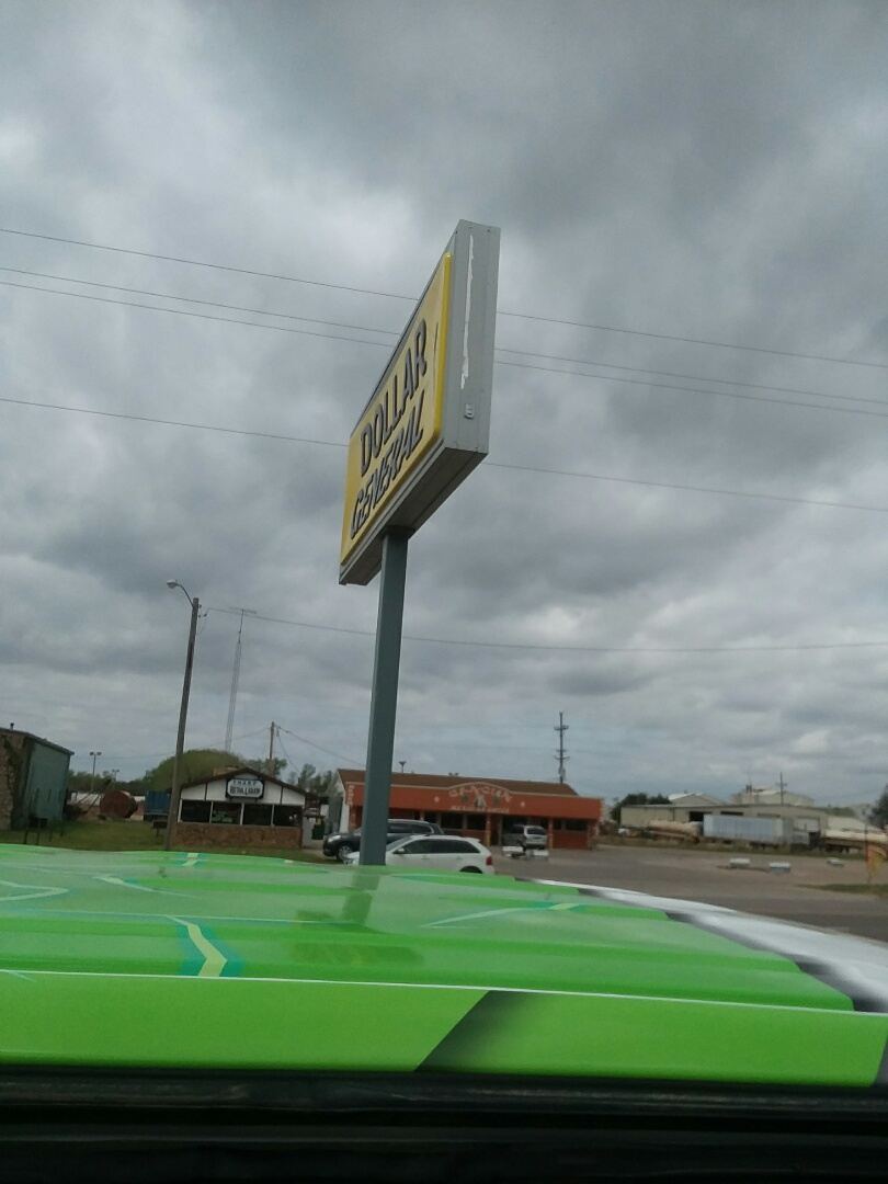 Medicine Lodge, KS - Get lamps sizes on outdoor signs, for new LED lamps.