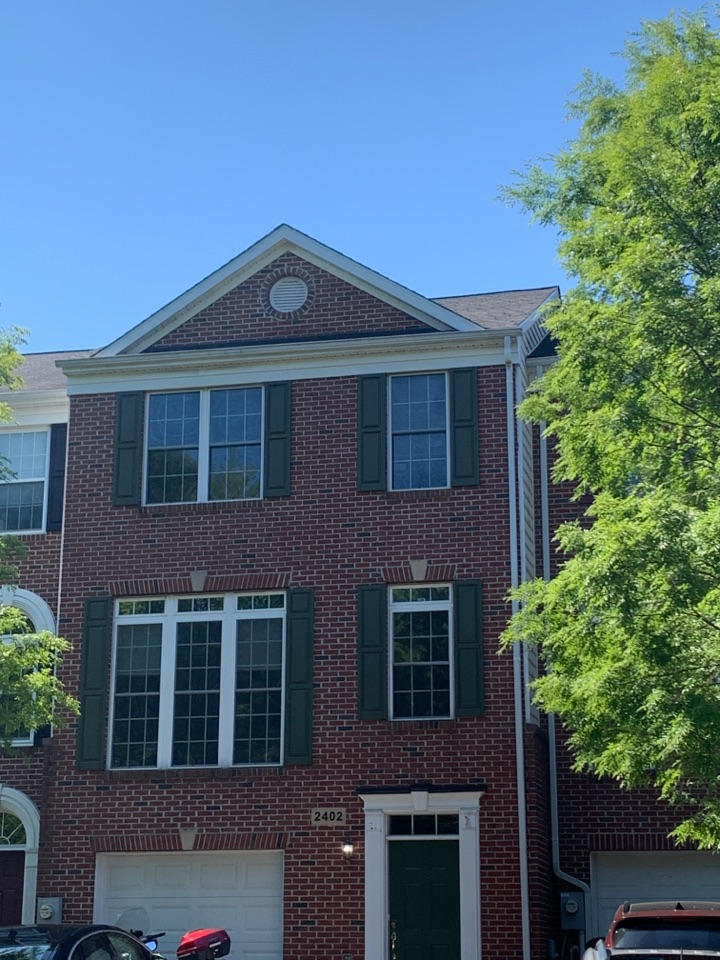Odenton, MD - Replacement of townhome roof with new GAF Timberline HDZ shingles.