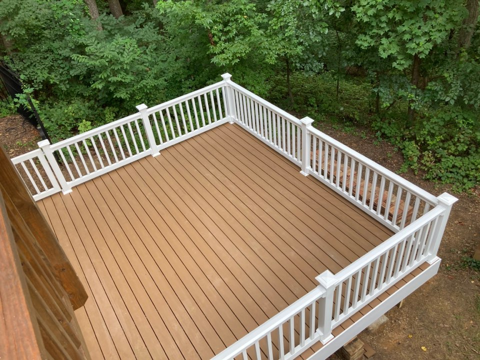 Annapolis, MD - Replaced/altered deck with new TREX Sandalwood and vinyl rails and trim.