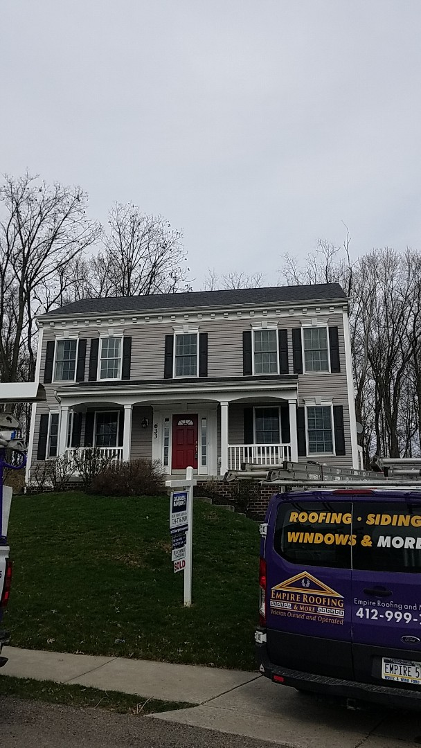 Wexford, PA - Replaced 40 feet of ridge vent.