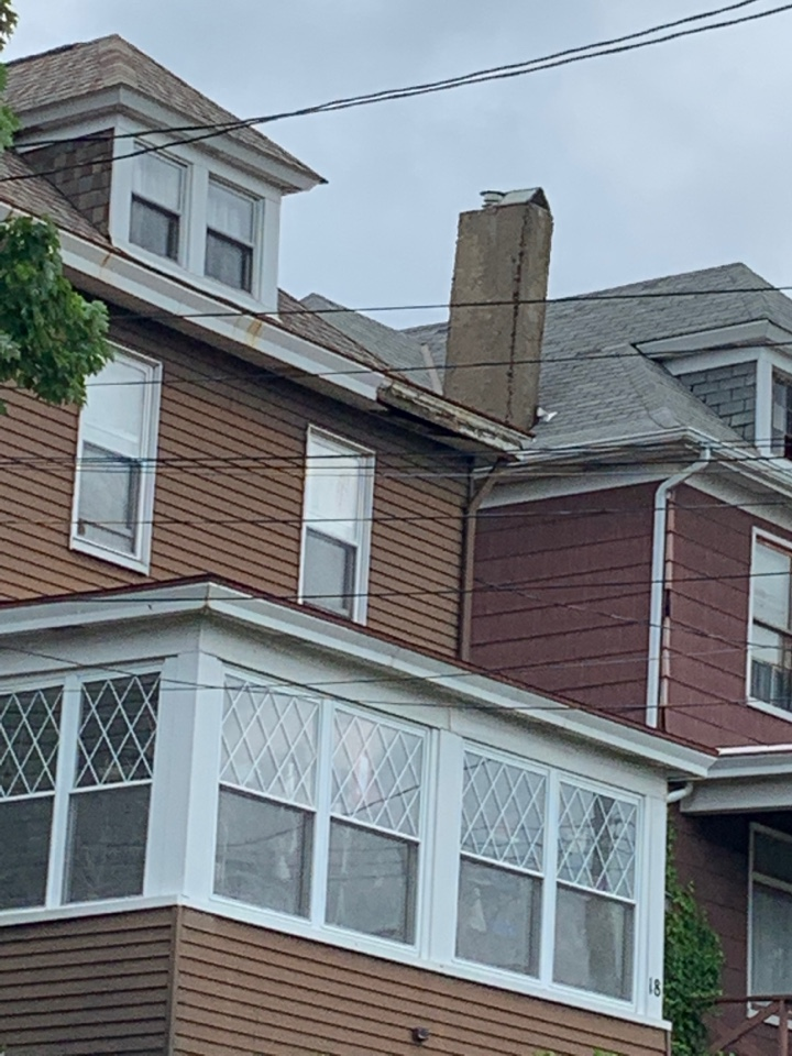 West View, PA - Metal siding and gutter check