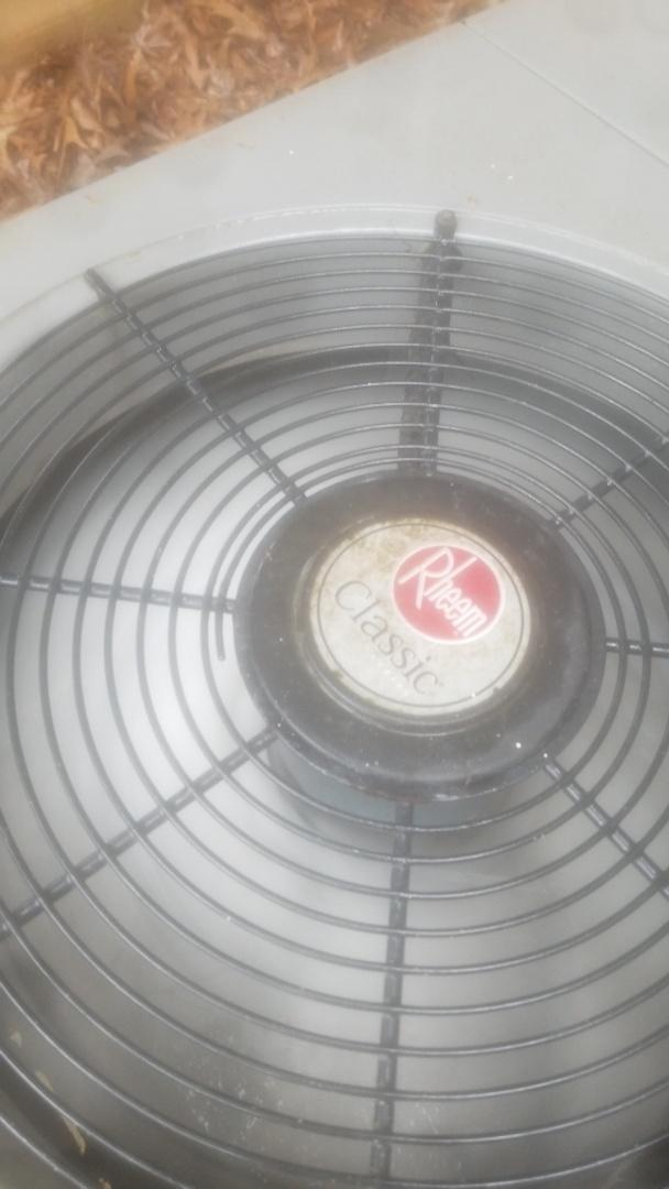 Knoxville, TN - Rheem classic air conditioner repair