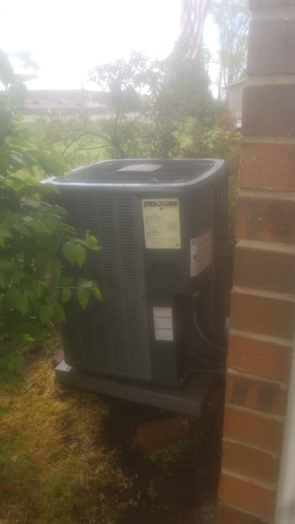 Knoxville, TN - Amana air conditioning maintenance