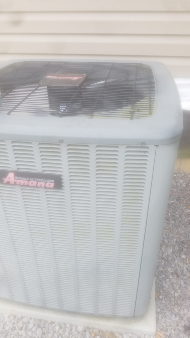 Knoxville, TN - Amana air conditioning repair.