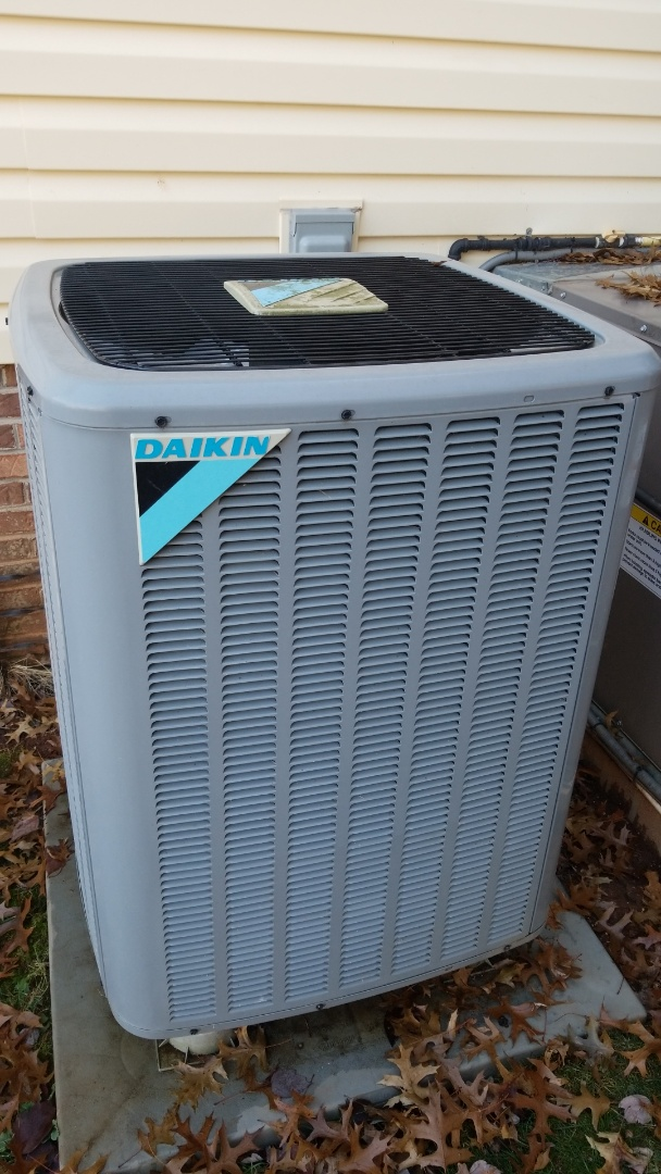 Knoxville, TN - Heat pump maintenance
