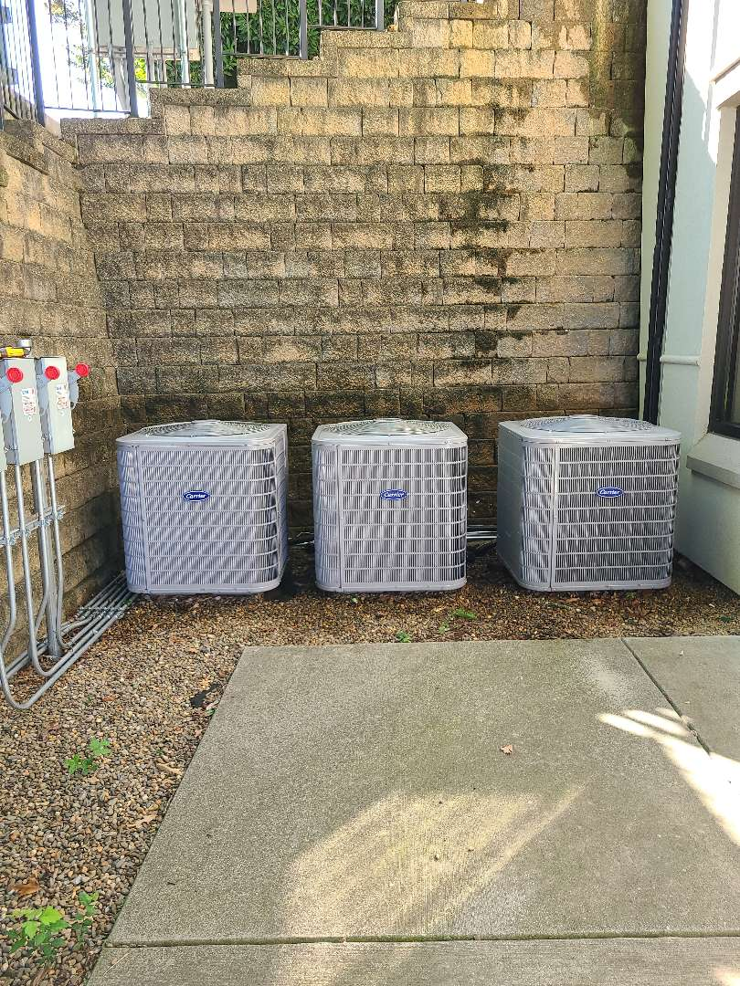 Knoxville, TN - Air conditioner maintenance