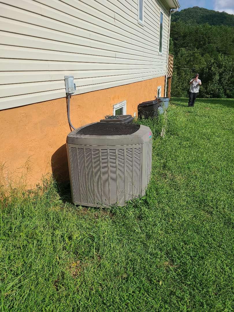 Maynardville, TN - Air conditioner repair