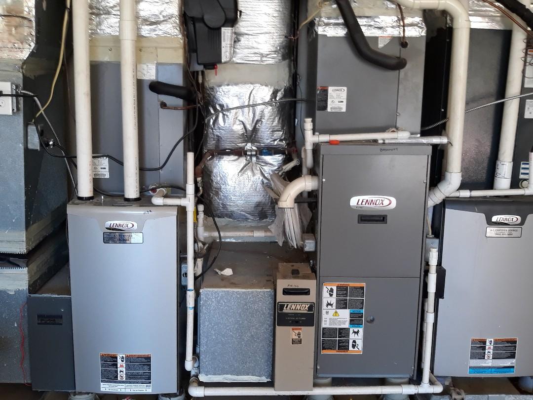 Knoxville, TN - 5 system Fall maintenance on Lennox split systems