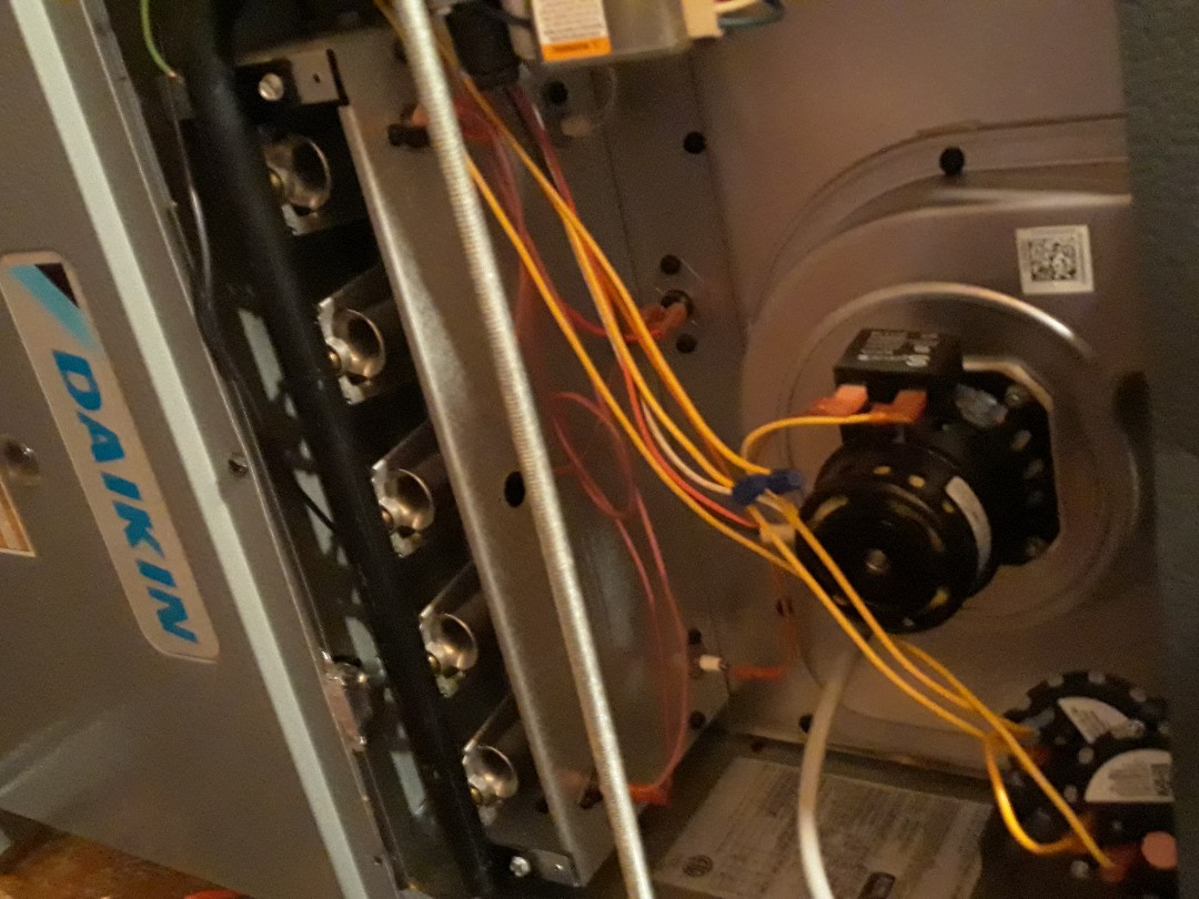 Lenoir City, TN - 1 system Fall maintenance on a Daikin gas furnace.