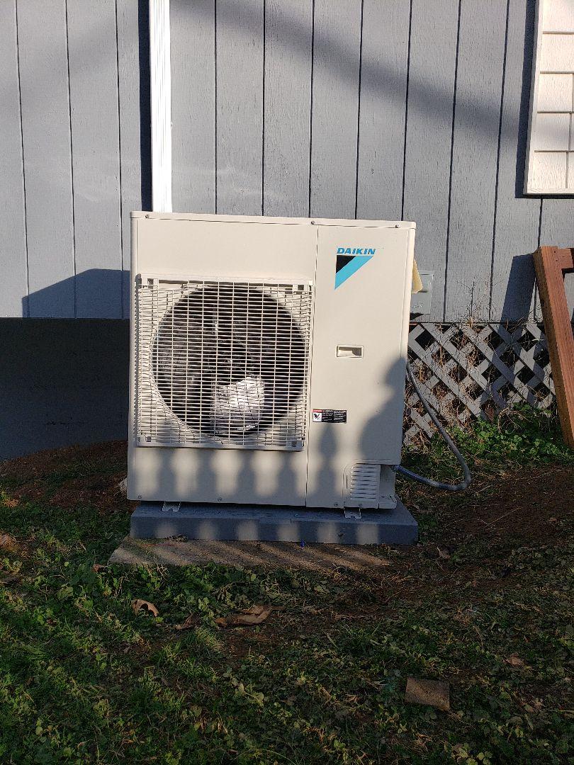 Kodak, TN - Installation of Daikin Fit 5-ton Heat Pump, Air Handler, and Daikin One-Plus Heating and Air Conditioning System