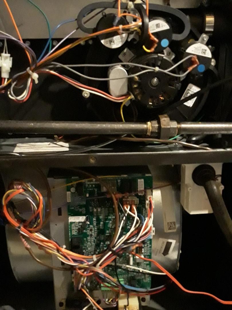 Knoxville, TN - 1 system Fall maintenance on a Daikin gas furnace and heat pump.