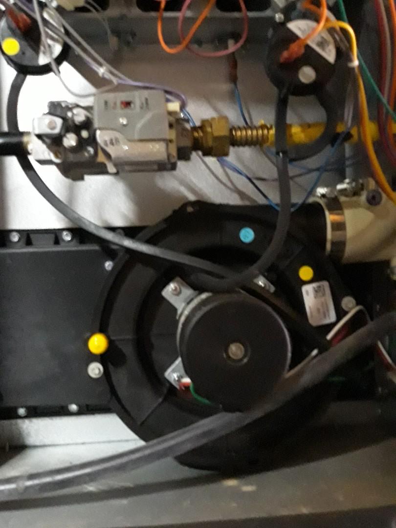 Lenoir City, TN - 1 system Fall maintenance on a Amana gas furnace.