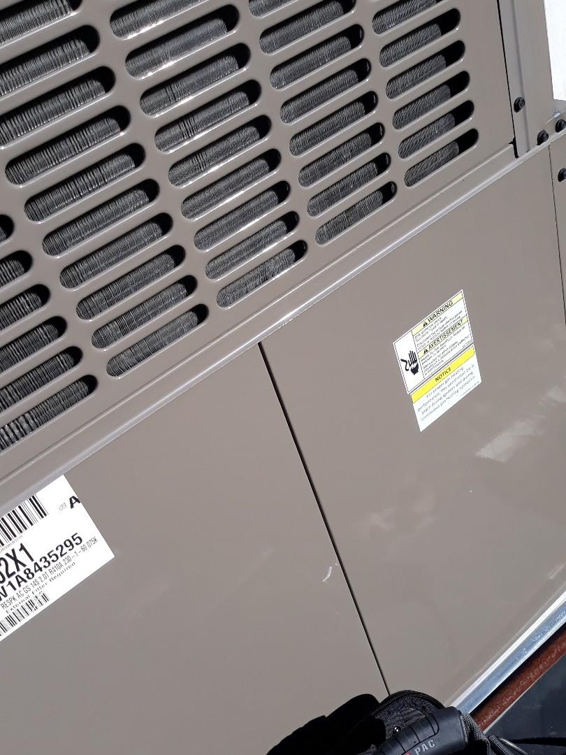 Oak Ridge, TN - 1 system Fall maintenance on a Coleman gas package unit.