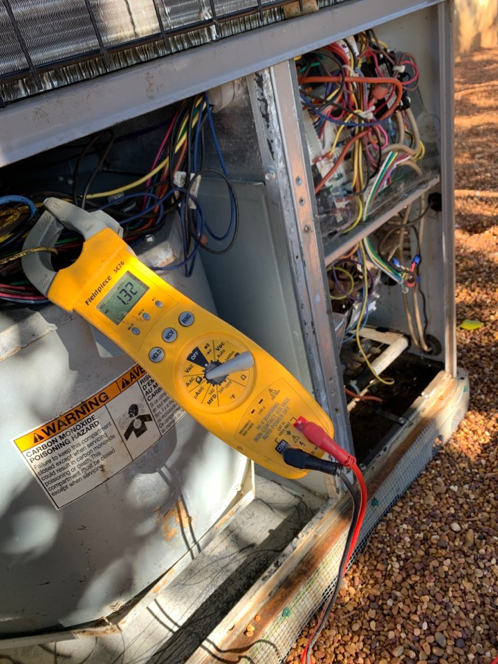 Knoxville, TN - 1 system fall Maintenance on a Heil gas package unit.