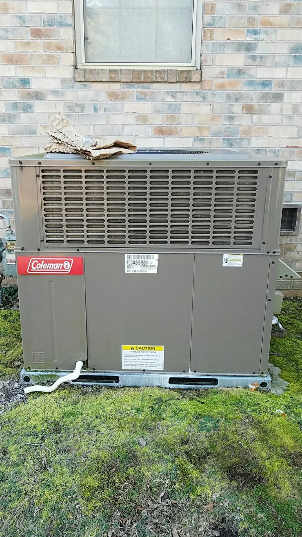 Knoxville, TN - No heat call on a Coleman package gas unit.