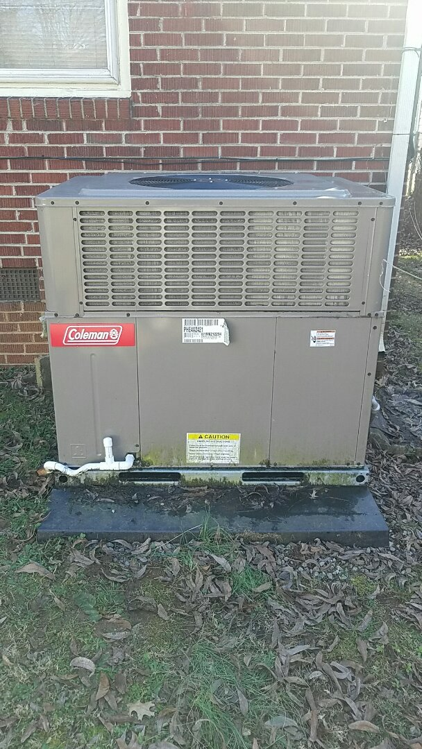 Knoxville, TN - Performed heating inspection on a Coleman package heat pump.