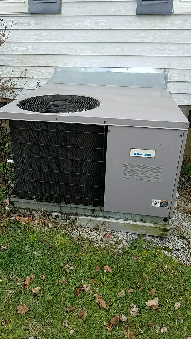 Knoxville, TN - Checked electric heat on a Heil package heat pump.