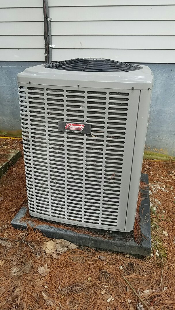 Knoxville, TN - Performed heating inspection on a Coleman split heat pump.