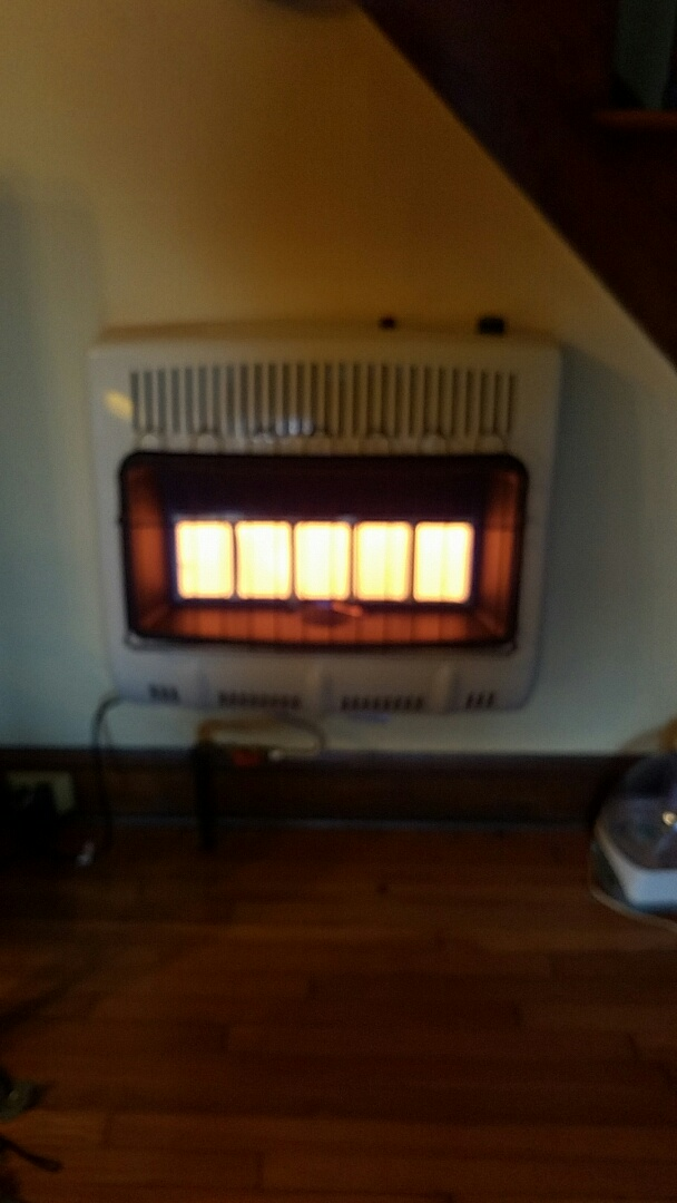 Knoxville, TN - Installed new wall mount heater.