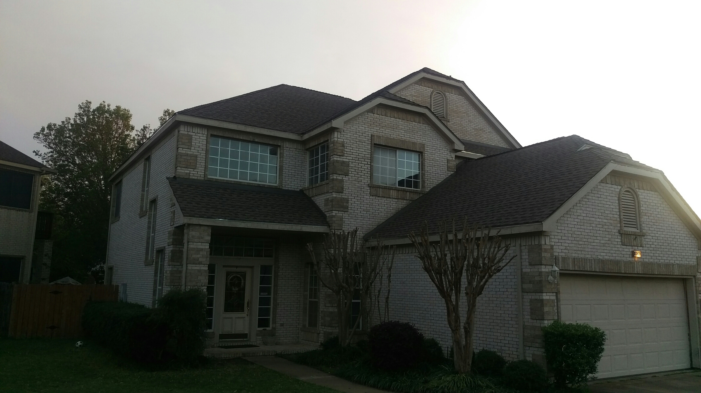 Austin, TX - GAF Golden Pledge roof. Weathered wood Timberline HD shingles. Gutters to follow.