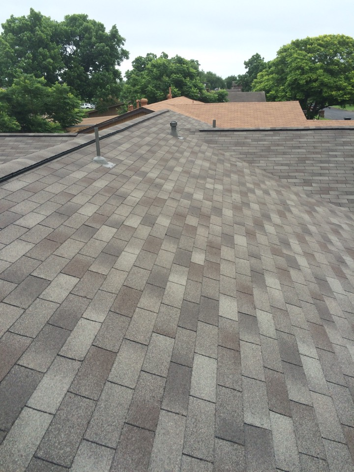 San Antonio, TX - Beautiful roof replacement! House is ready to sell!