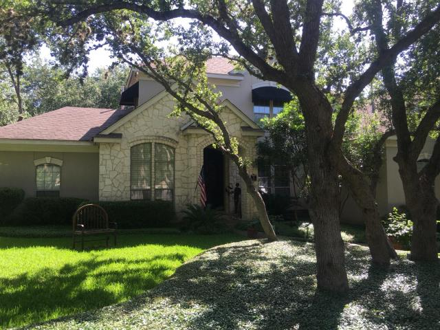 San Antonio, TX - Feller Roofing replaced the roof on this gorgeous home in San Antonio.  Homeowner chose GAF Timberline Dimensional Shingles in Charcoal.