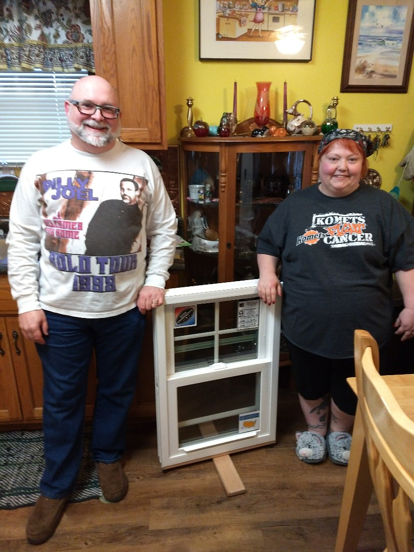 Fort Wayne, IN - Happy customers with new windows from Castle windows in the Fort Wayne area !