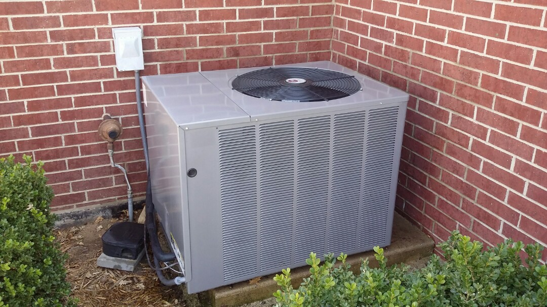Mount Hope, KS - Annual servicing of air conditioner