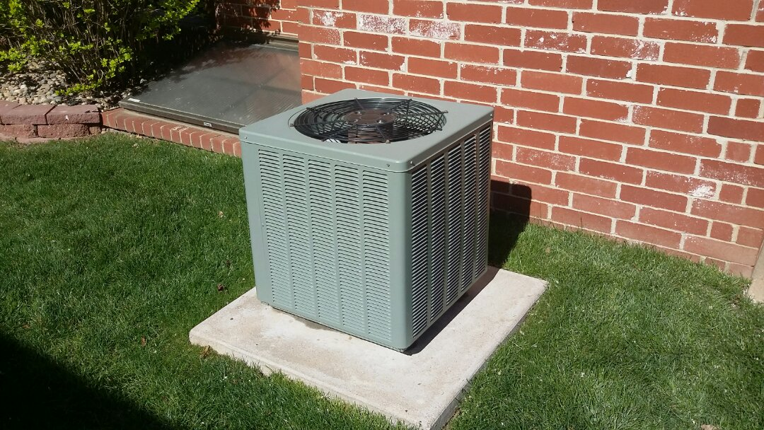 Wichita, KS - Performed air conditioner maintenance