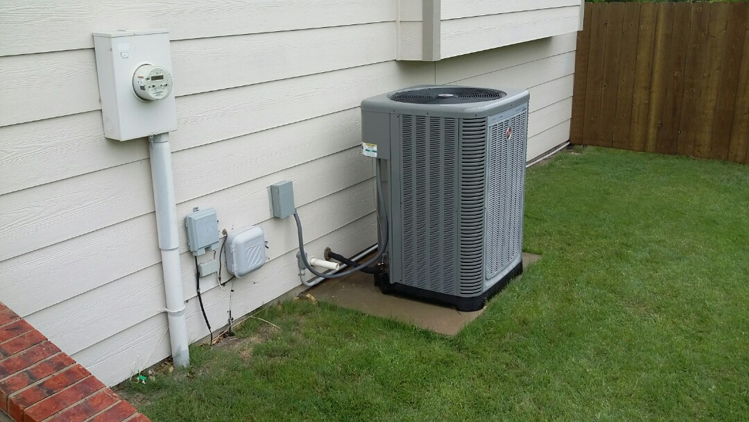Valley Center, KS - Performed service on air conditioner